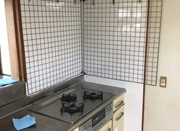 宮崎市のキッチンパネル貼り