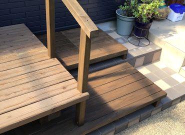 宮崎市のウッドデッキ階段手すり取付